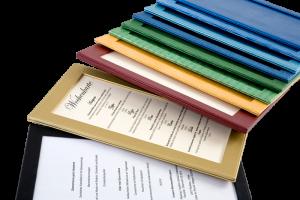 Passepartout-breitgefaecherte-Farbpalette