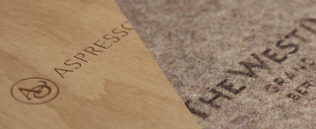 Holz und Filz mit Logo-Gravur
