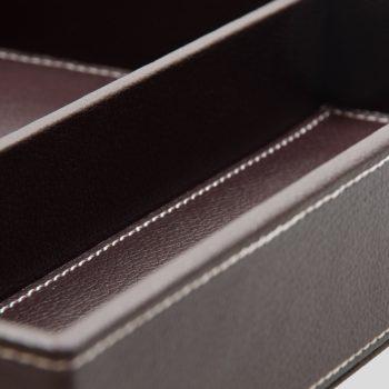 amenitybox-unterteilung-leder-nahtfarbe
