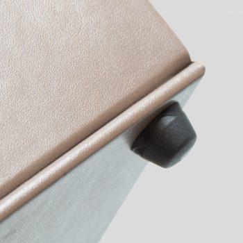 papierkorb-fuß-leder