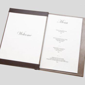 gastronomie-klemmkarte-aus-leder-mit-logo